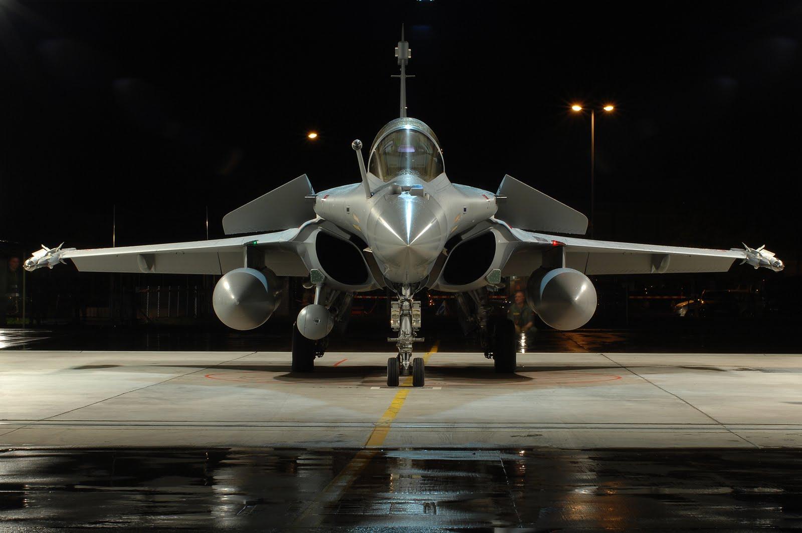 França investe 1 bilhão de euros para modernizar Rafale